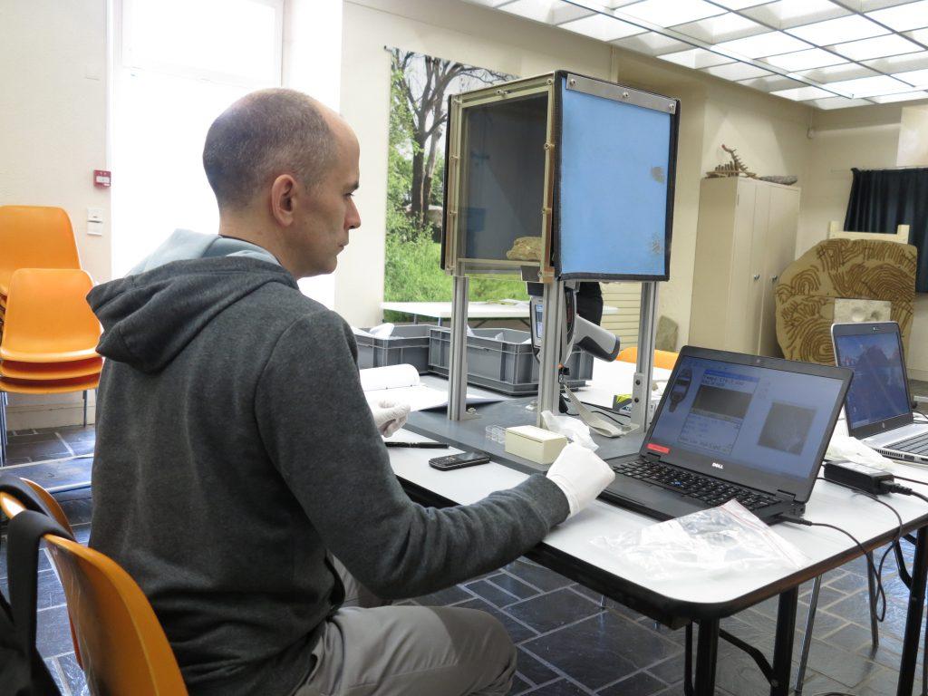 Mikkael Guiavarc'h, chercheur au Laboratoire Archéosciences
